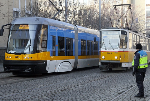A new tram next to a classic Sofia tram. Photo Credit: Yuliana Nikolova / Sofia Photo Agency